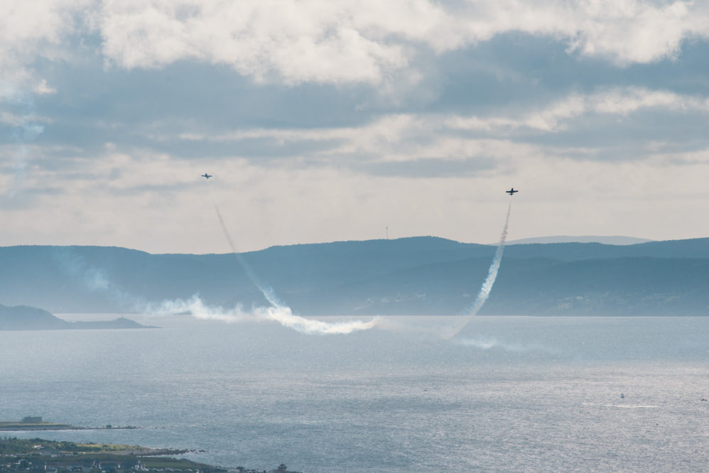 airplanes airshow bell island CBS coast guard flying jets ocean planes snowbirds water